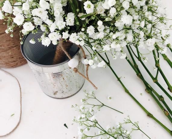 Mariage champêtre, gypsophile et graminées